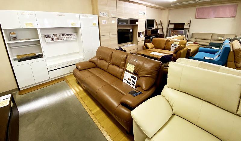 テレビボード・ソファのフロアの写真